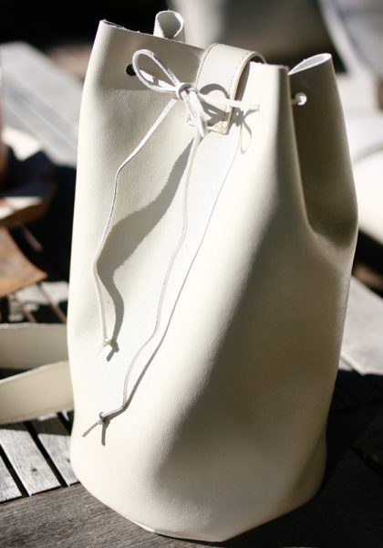 DIY sac en cuir blanc